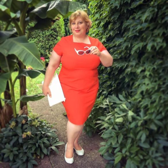 misskittenheel frenchcurves minimalisme orange shiftdress 02