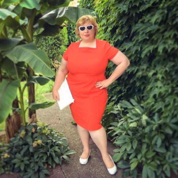 misskittenheel frenchcurves minimalisme orange shiftdress 04