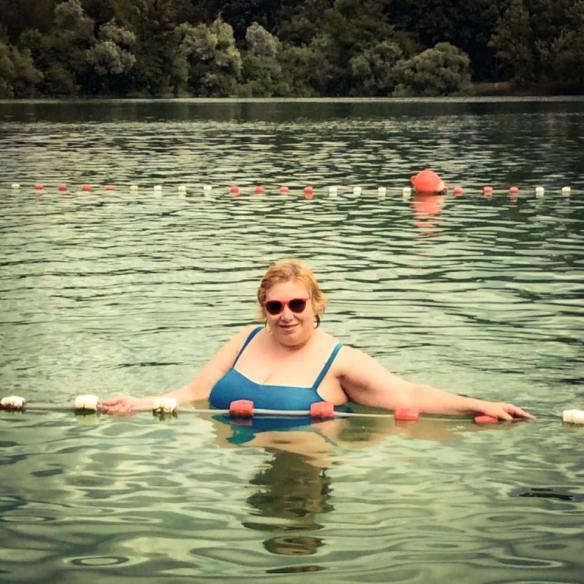 misskittenheel frenchcurves pool side maillot swim lake beach lido 03