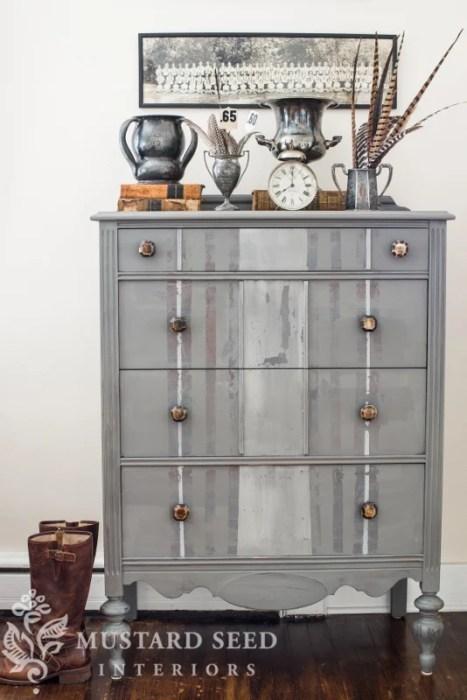 MMSMP Trophy Dresser