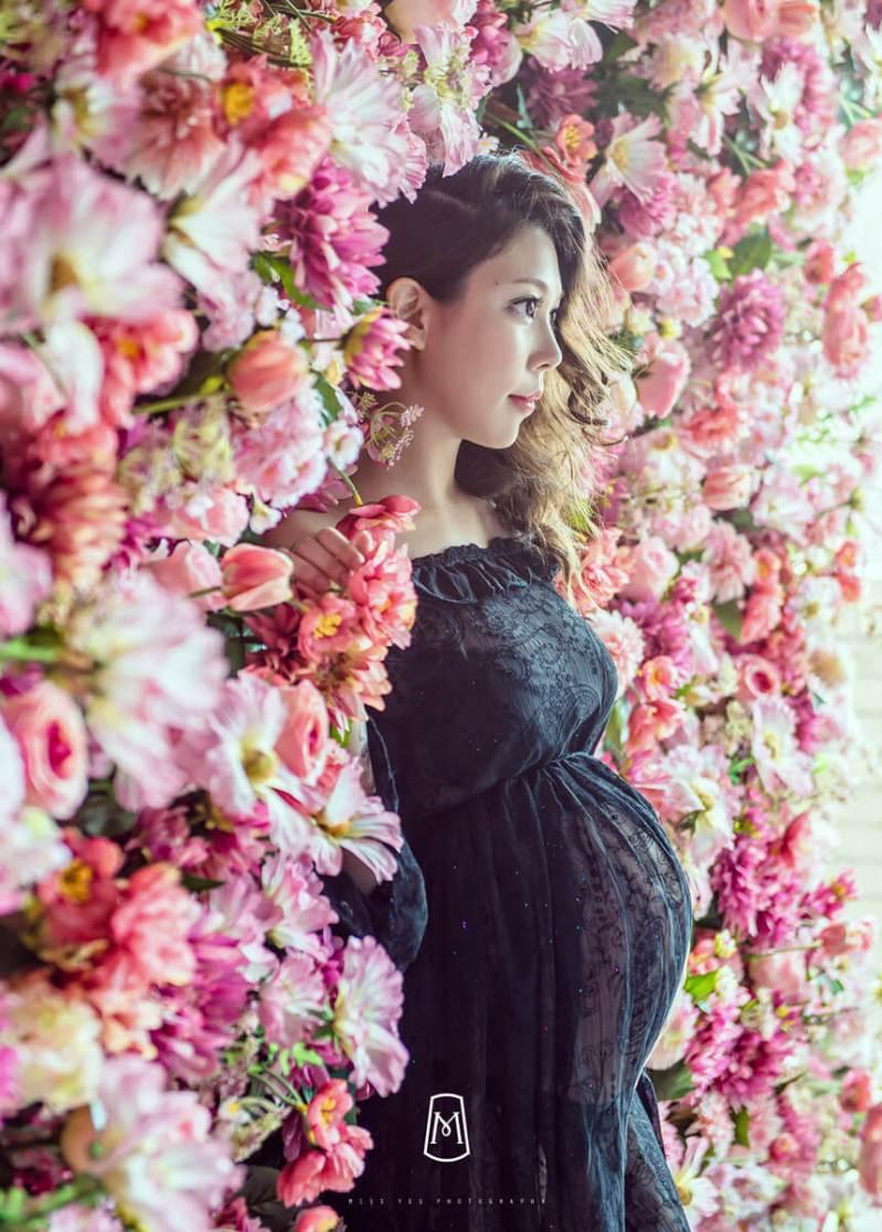 孕媽咪,花牆,孕婦寫真,女攝影師,時尚