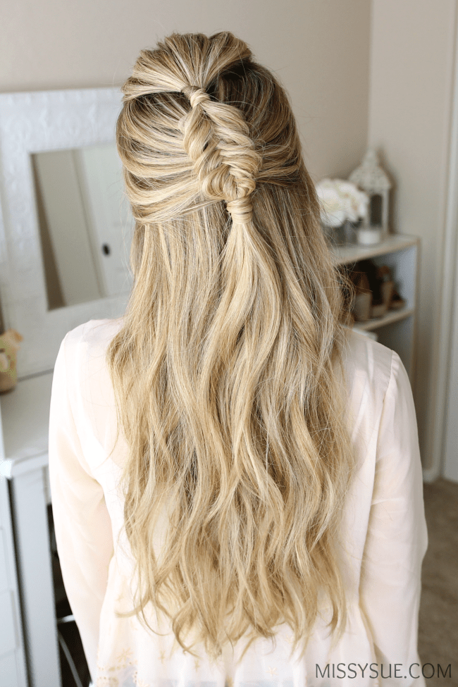 halfup-fishtail-braid-hairstyle