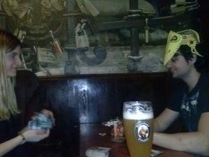 Cervezas y copazos presiden muchas de las contiendas.