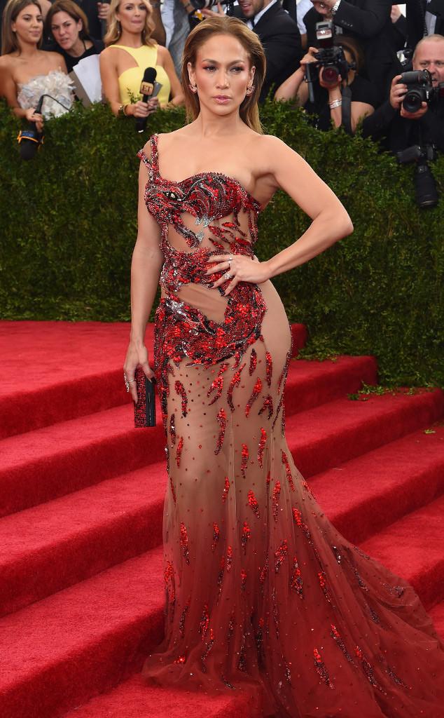 Jennifer lopez look baile Met 2015