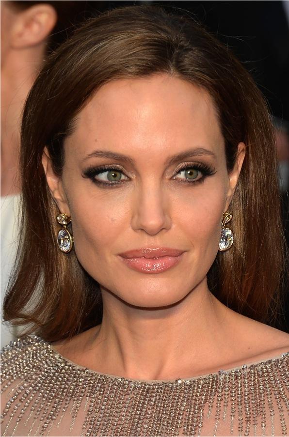Maquiagem das famosas tapete vermelho red carpet Angelina Jolie