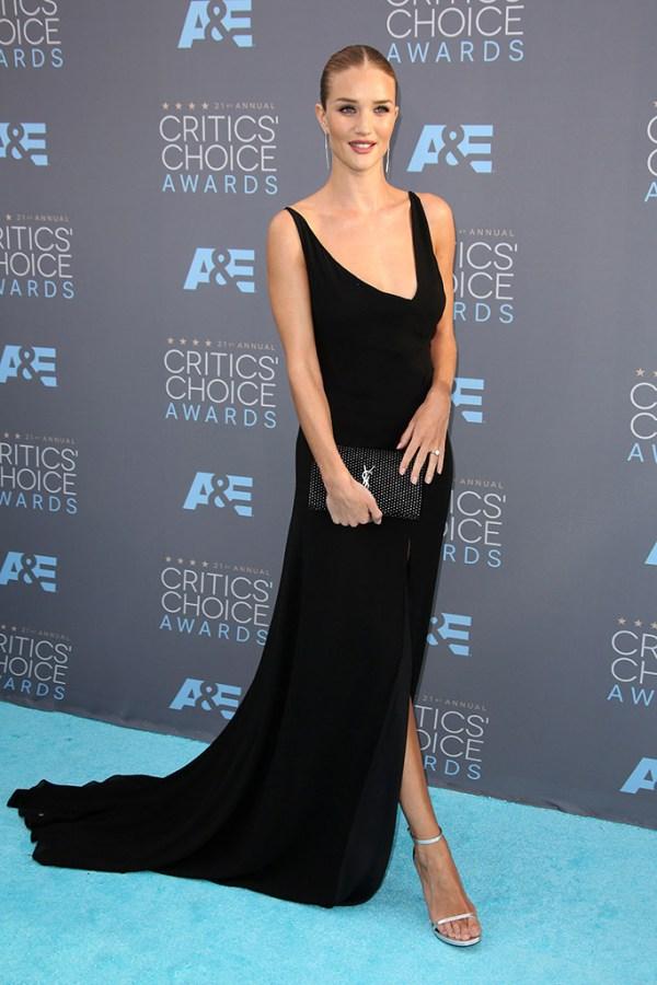 Cricit's Choice Awards 2016 Look rosie-huntington