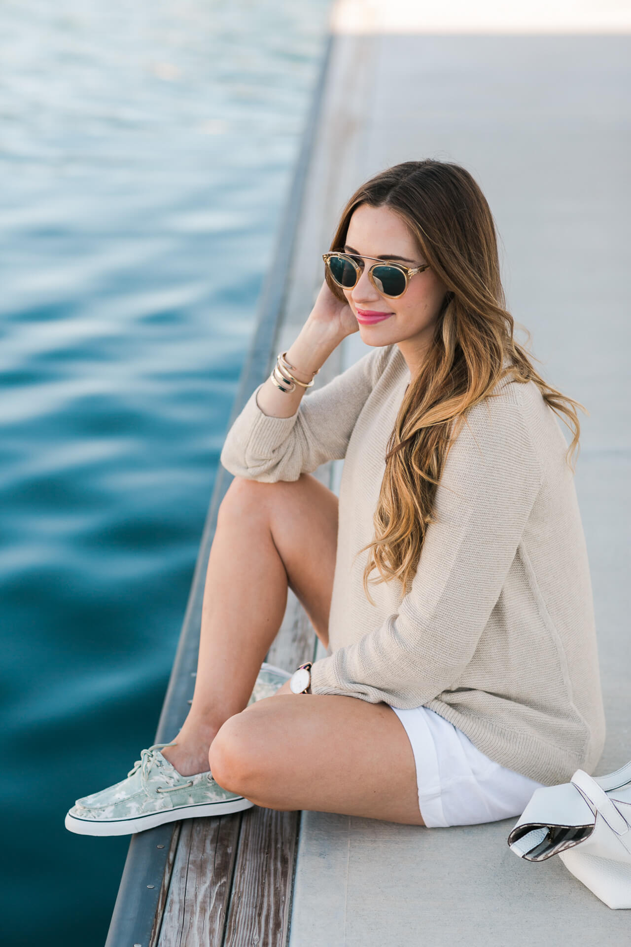 cute summer outfit inspiration: a beige sweater with white linen shorts and sperrys- M Loves M @marmar