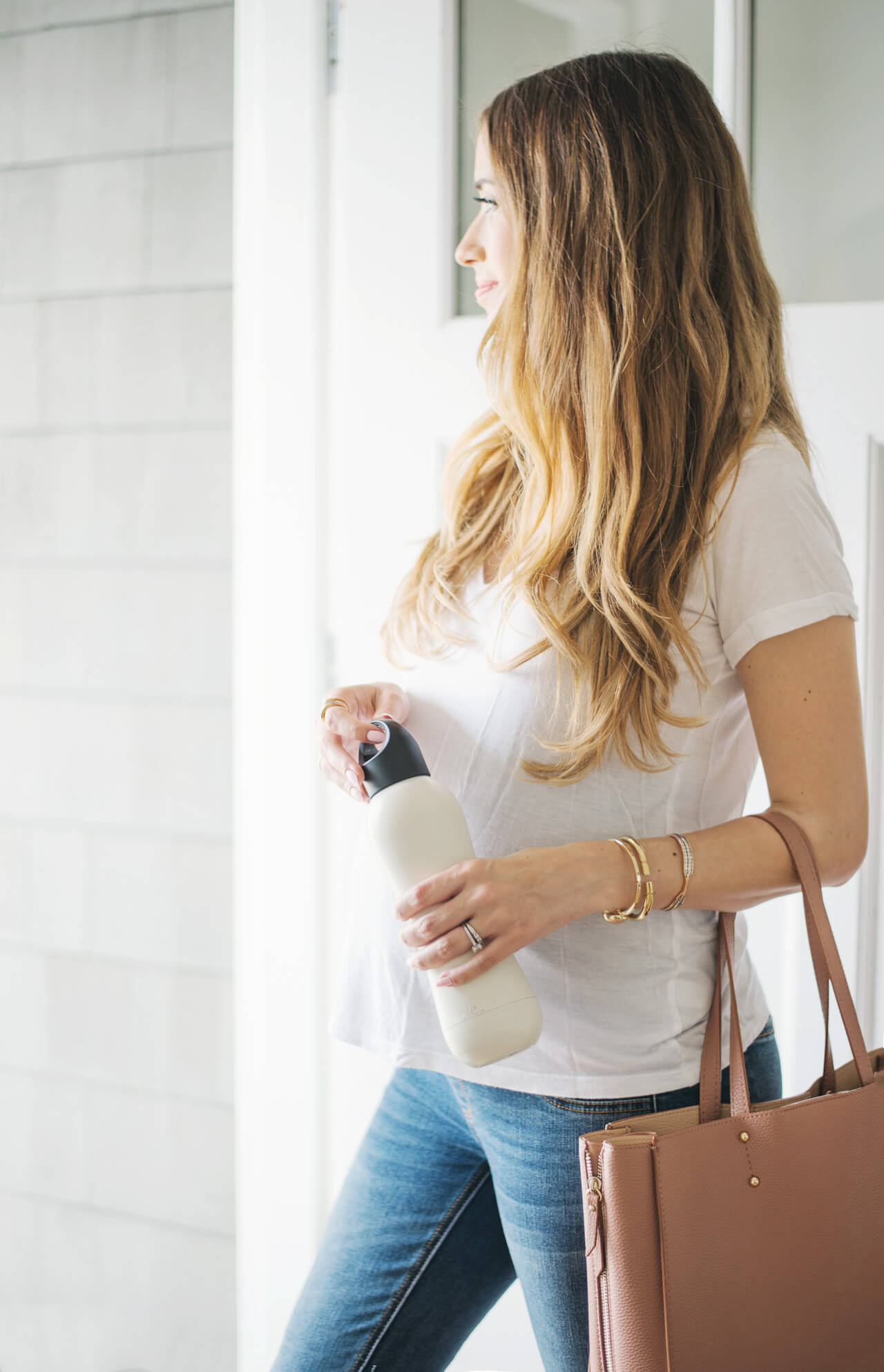 white bobble insulated water bottle