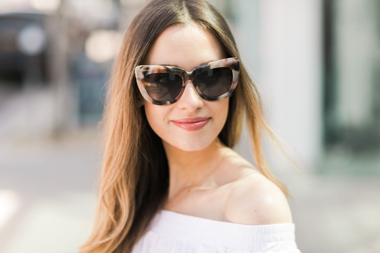 pink tortoise sunglasses for spring