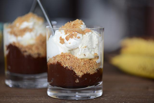 banana and chocolate cream pie parfaits M Loves M