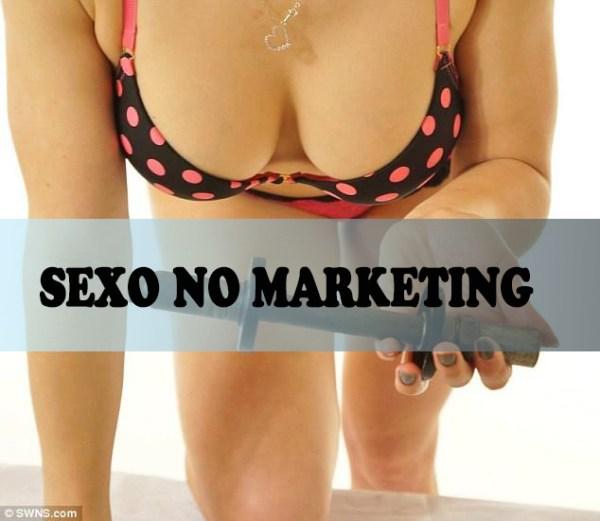 Sexo no Marketing? Biquíni ajuda a vender peças de segunda-mão