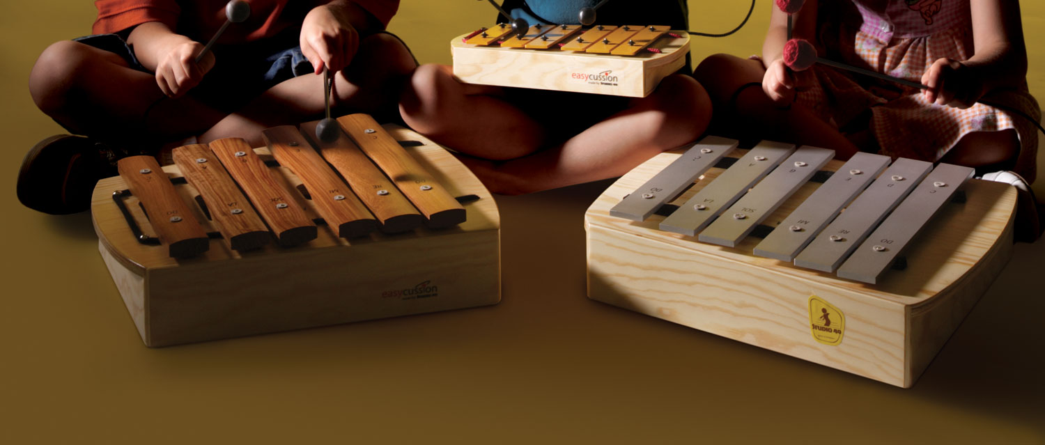 playing-orff-instruments-2
