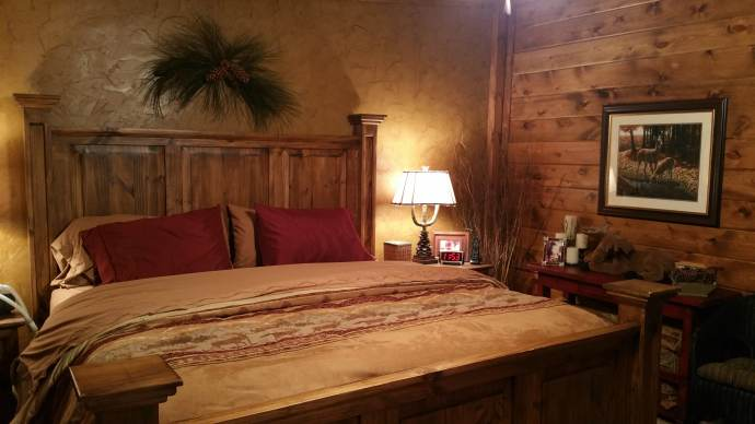 Gorgeous rustic cabin manufactured home remodel - Trailer bedroom ideas ...
