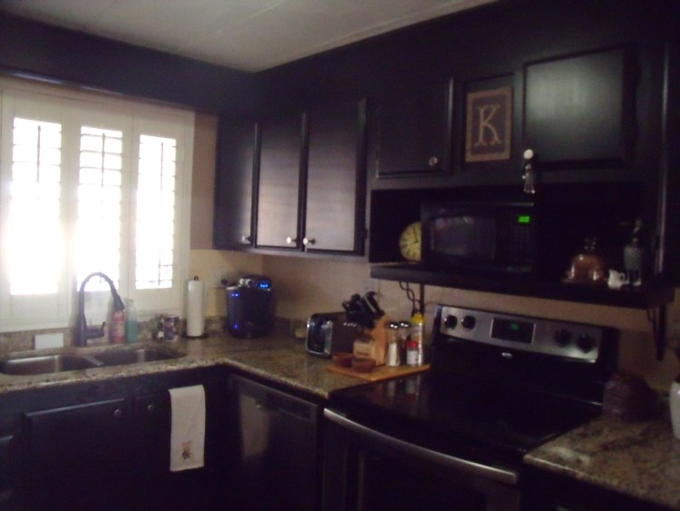 Granite Counter tops installed in manufactured home