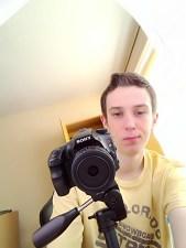 Przedni aparat