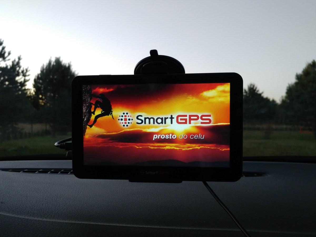 Czy tradycyjna nawigacja jest jeszcze użyteczna? - test SmartGPS SG770