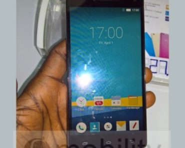 infinix hot 3 in hand 600