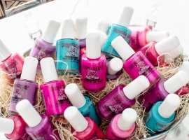 pp001.02com-piggy-paint-bottles
