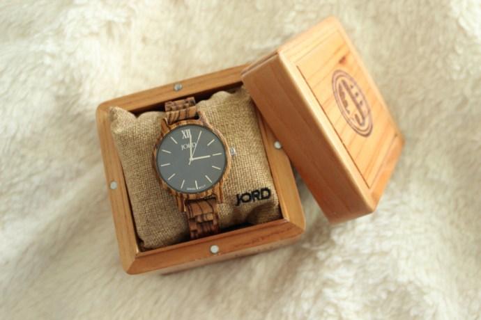 jord-wood-watch-ottawa-fashion-blogger-flat-lay
