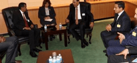 وزير الخارجية والتعاون الدولي يلتقي النائب الأول لرئيس مجلس الوزراء الكويتي