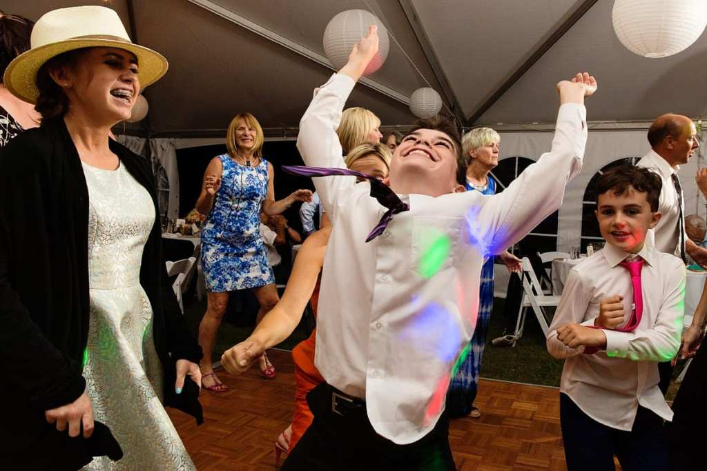 young wedding guests partying at Calabogie wedding reception