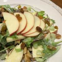 Waldorf Salad Recipe - Easy and Family Friendly
