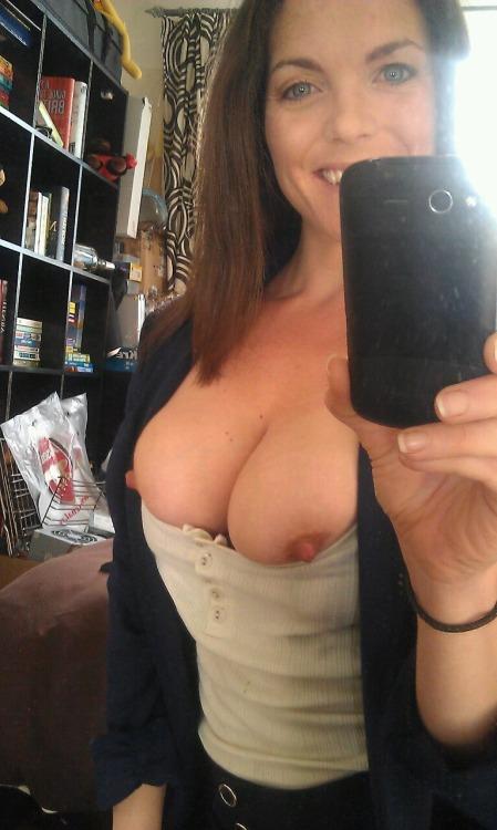 amateur mature wife exhibitionist