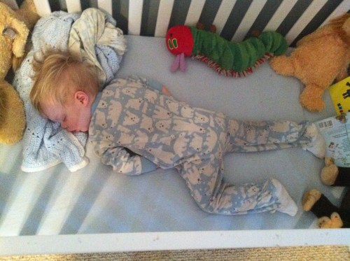 Crib_sleeping_toddler