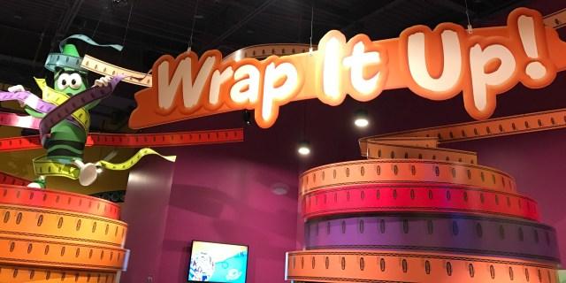 Crayola-Orlando-florida-mall-make-crayons