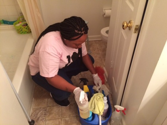 Before your first professional home cleaning consider these three things for How to professionally clean a bathroom