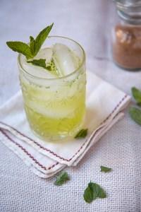 Chartreuse cocktails rétro