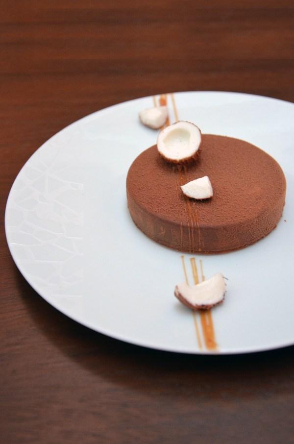 Entremet, Coco, Chocolat Lait, Yann Couvreur, Prince de Galles, Hôtel, Paris, pâtisserie