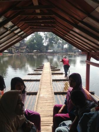 Rakit Situ Cangkuang