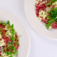Beef carpaccio with fennel and lemon