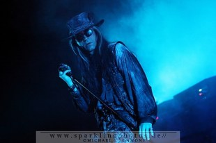 2010-12-27_Fields_Of_The_Nephilim_-_Bild_007x.jpg