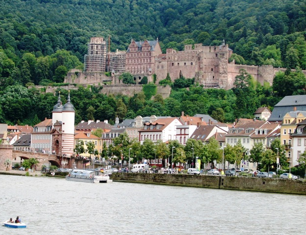 Heidelberg castle in Baden-Württemberg is one of my favorite touristy castles in Germany.