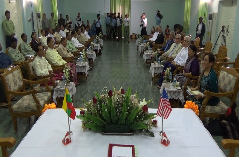 signing ceremony for new sister cities (Photo: MNA)