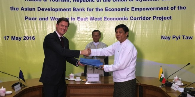ADB Country Director Winfried Wicklein, Hotels and Tourism Minister U Ohn Maung, and Tint Thwin, Director General of Hotels and Tourism (Photo: ADB).