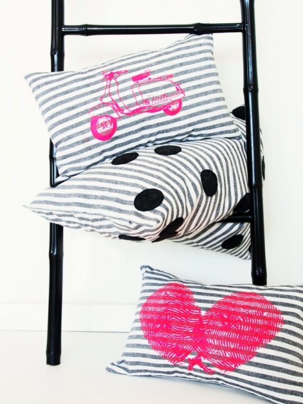 Dish_towel_pillow