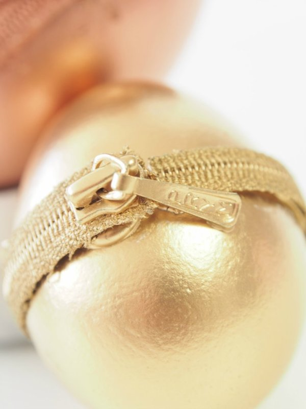 Gold-Zipper-Eggs-Idea