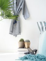 DIY Spring Bedroom Makeover
