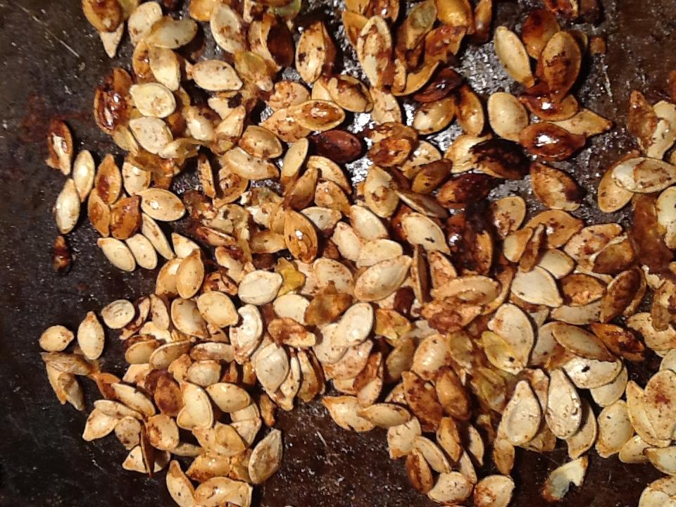 how to cook pumpkin seeds cinnamon and sugar