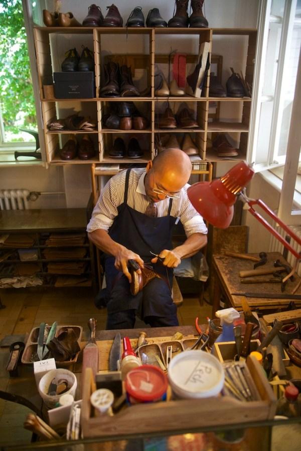Shoemaker Ryota Hajafuji