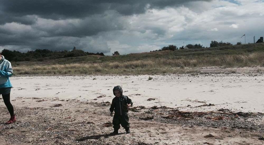Morogmor blog - Benedikte på stranden