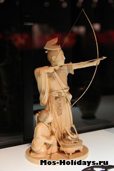 Окимоно на выставке Самураи Art of War