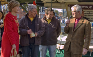 Being presented the Farma Award for Best Farmers' Market 2012