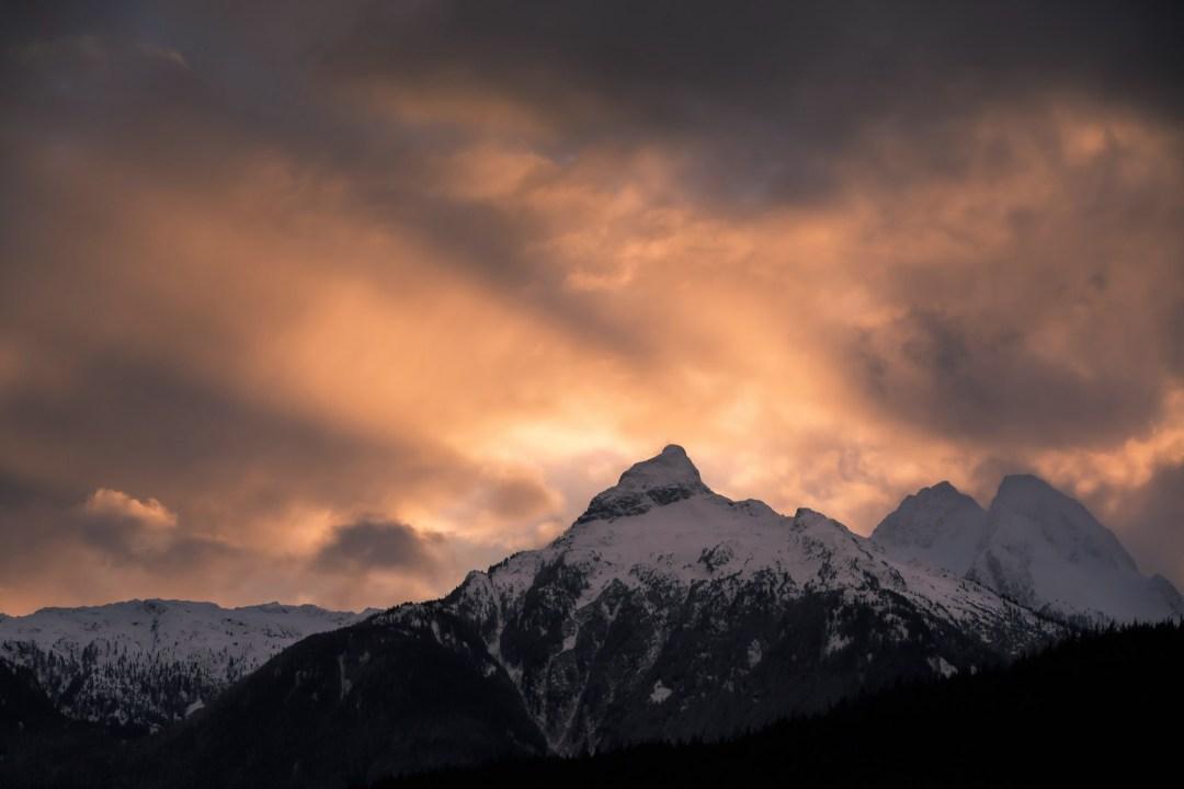 Tantalus Mountains