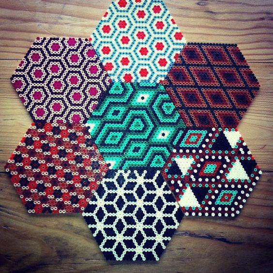 perles-a-repasser-motifs-geometriques