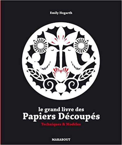 livre-grand-livre-papiers-decoupes