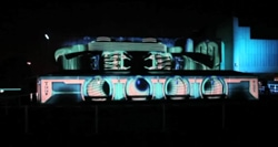 Tron_projection